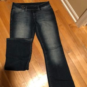 Mavi stretch denim jean with slight flare 29/32